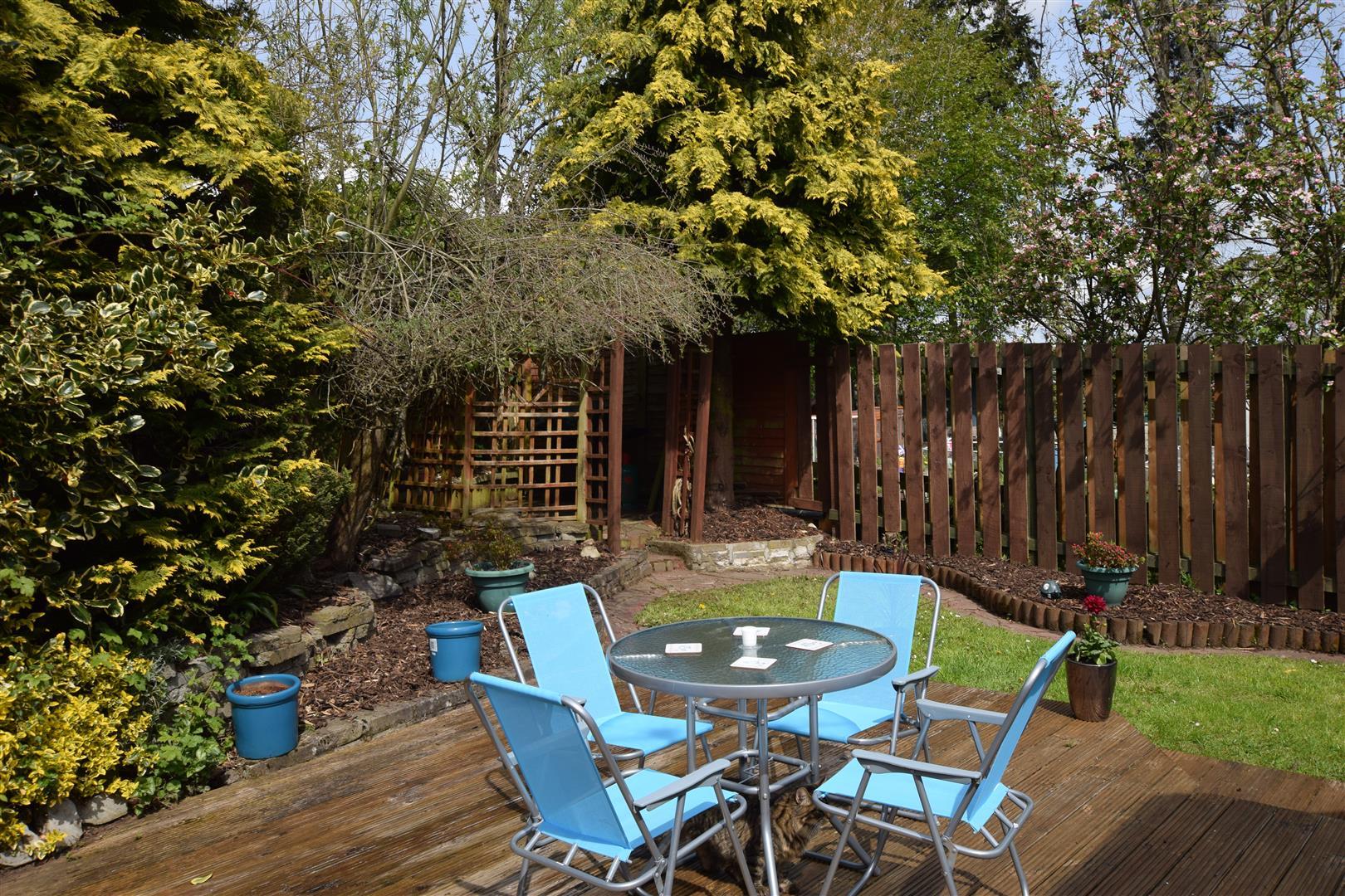 9, Marshall Gardens, Luncarty, Perthshire, PH1 3YX, UK